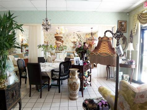 tealicious tea room tealicious tea gift baskets jewelry and did i mention wallpaper all in delray