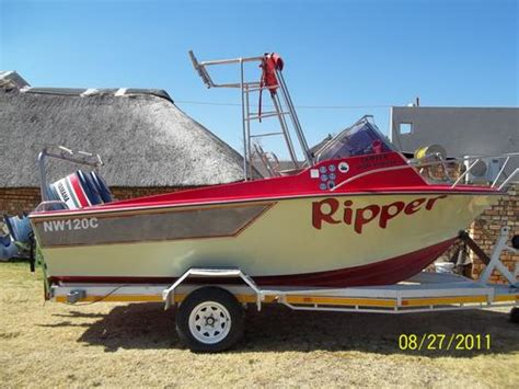 boat loans over 100 000 ski boats 18 ft coast craft ski boat 2 x 85hp yamaha