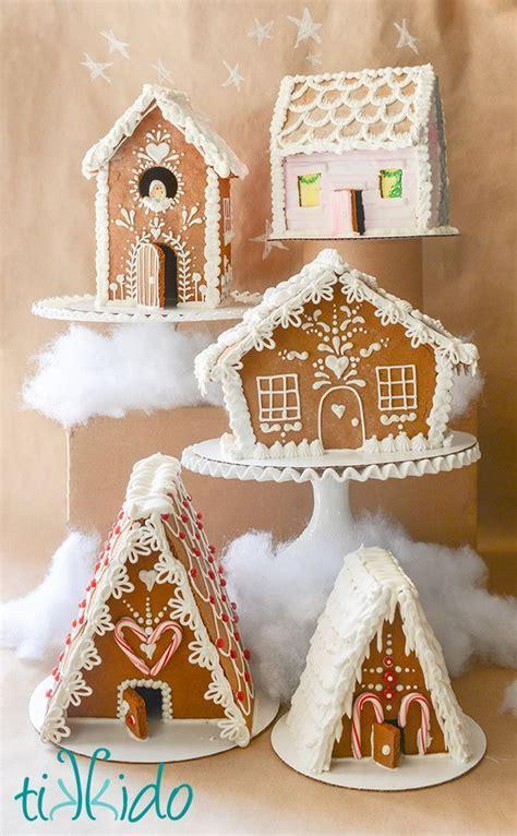 gingerbread house pattern book 25 b 228 sta gingerbread house template id 233 erna p 229 pinterest