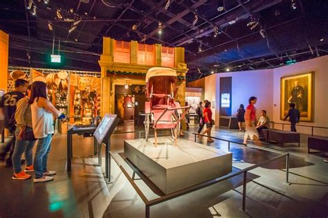 singapore museum new year trip guide where to stay eat shop drink and things to
