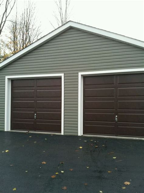 Raynor Overhead Door Raynor Showcase Ranch No Windows Raynor Garage Doors Pinterest