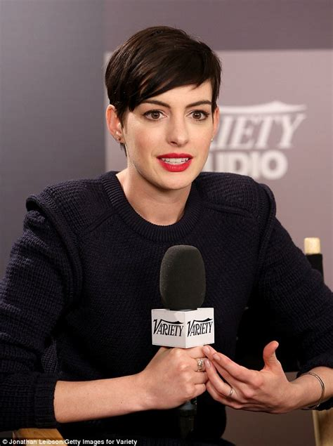 anne hathaway admits to oscar overexposure during sundance
