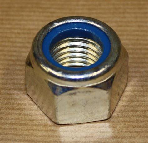 Nut Nyloc Nut Stop Nut Mur Nilon Diameter 18 Mm M Diskon nyloc nut
