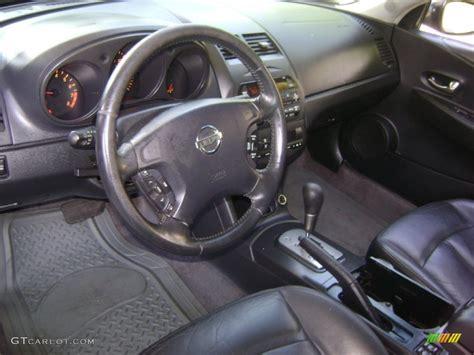 Nissan Altima Black Interior charcoal black interior 2002 nissan altima 3 5 se photo