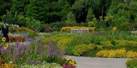 Matthaei Botanical Garden Matthaei Botanical Gardens Nichols Arboretum American Gardens Association