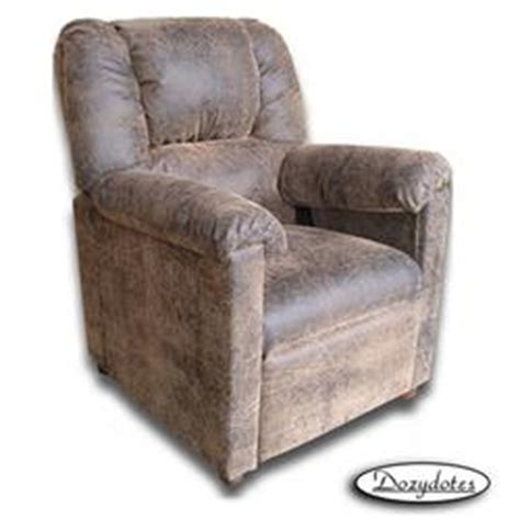 dozydotes 7386 stratolounger children s recliner brown