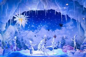 Merveilleux Vitrine De Noel Printemps #5: 10204589-les-plus-belles-vitrines-de-noel-animees-a-paris.jpg