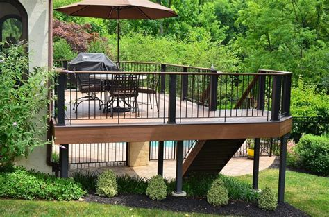 sloped backyard deck ideas impressive on sloped backyard deck ideas 1000 images about