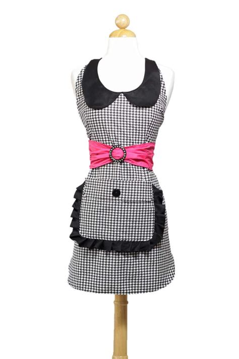 kitchen apron designs 41 best novelty aprons for women images on pinterest