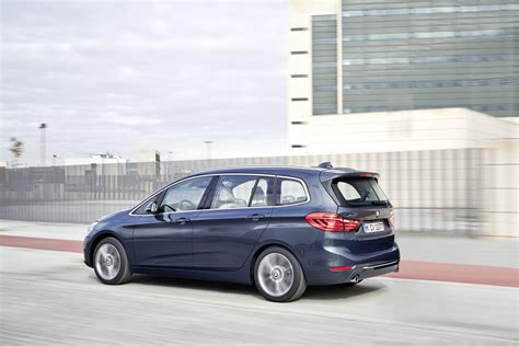 bmw 2 series gran tourer further detailed 131 photos