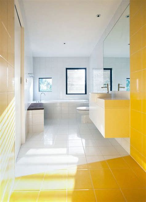 Yellow And White Bathrooms by 28 Brilliant White And Yellow Bathroom Tiles Eyagci