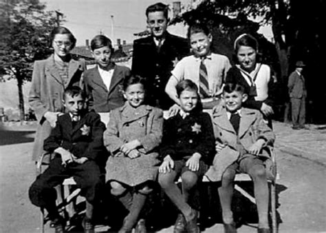 Holocaust And World War 2 Essay by The Holocaust In Czechoslavakia