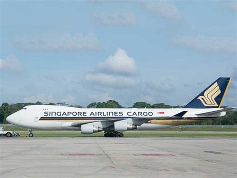 singapore airlines adds  pharma product   offering