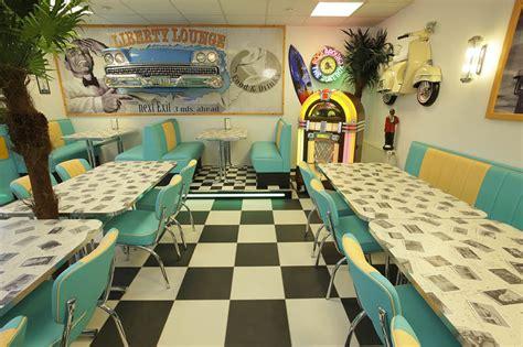 American Diner Einrichtung by American Warehouse American Diner Einrichtungen Und