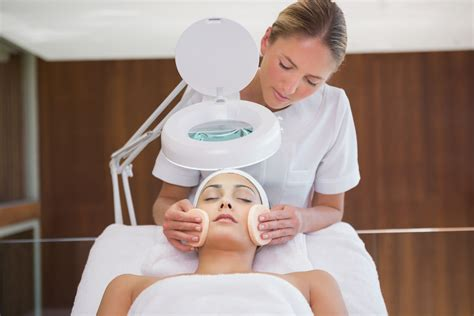 esthetician school chicago estelle skin care spa institute