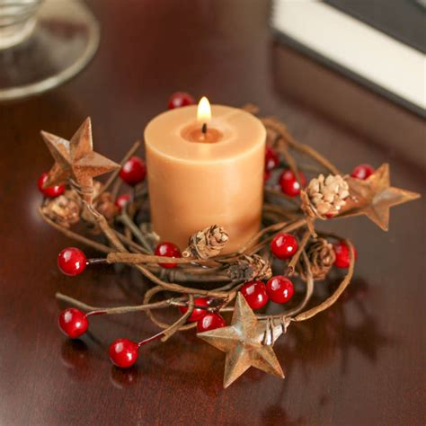 Rusty Tin Stars and Red Berry Candle Ring   Holiday