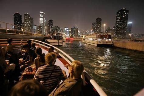 wendella boats fireworks cruise wendella celebrates 50 years chicago tribune