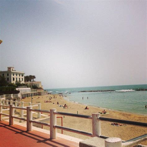 Santa Marinella Beach: How To Get There & What To Do