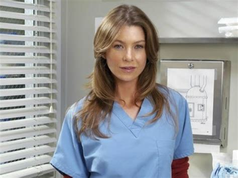 pictures of whats stylish for 47 year old women the 47 year old grey s anatomy star announced the birth