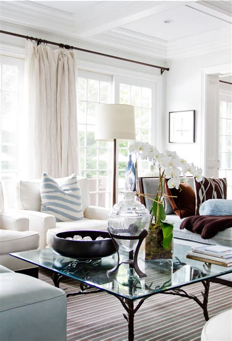 beach house with inspiring coastal interiors home bunch classic beach house with elegant interiors home bunch