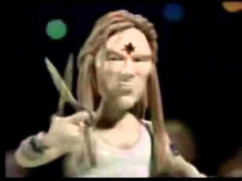 celebrity deathmatch nine inch nails axl w rose vs saul hudson slash celebrity deathmatch