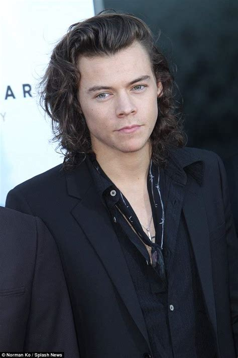 harry styles biography 2016 harry styles height weight age 2018 body measurements