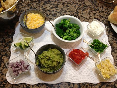 Toppings For Bar by Kid Friendly Turkey Chili Plus 15 Crowd Pleasing Toppings