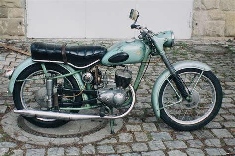 Motorrad 125 Wie Schnell by 125 Ccm Ein Manifest F 252 R Den Achtel Liter Hubraum