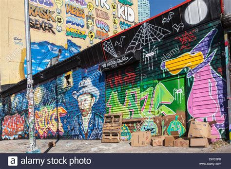 known graffiti artists five pointz was a magnet for well known graffiti artists