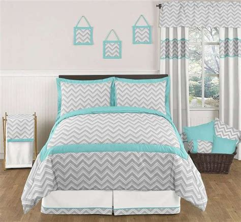 grey and teal comforter sets best 25 teal bed ideas on pinterest teal girls bedrooms