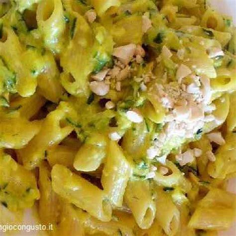 ricette cucina zucchine e curcuma ricetta per una pasta esotica ricetta