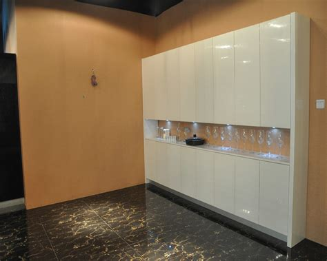 Glossy Cabinets by Paint Kitchen Cabinets High Gloss White Quicua