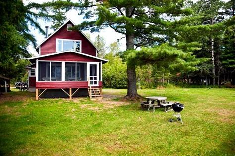 Rangeley Maine Cabins For Rent by Whispering Pines Rental Cottage On Rangeley Lake