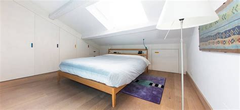 mobili per mansarda mobili su misura per mansarde e loft okap 236