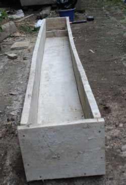 membuat bak hidroponik membuat alternatif bak hidroponik dari papan kayu bekas