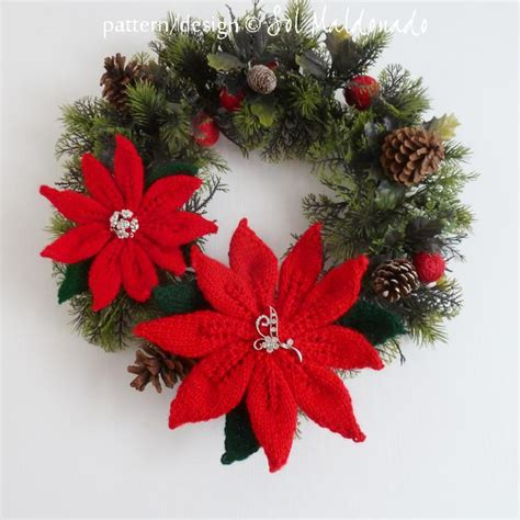 you have to see poinsettia christmas flower wreath on craftsy