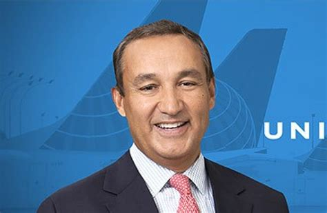 oscar munoz united ceo oscar munoz president and chief executive officer of united airlines email address