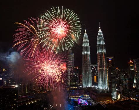 new year 2015 malaysia where to celebrate new year s 2015 in