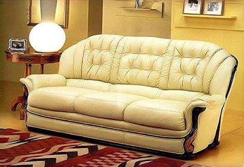 divani calia maddalena calia maddalena divano classico vergine in pelle