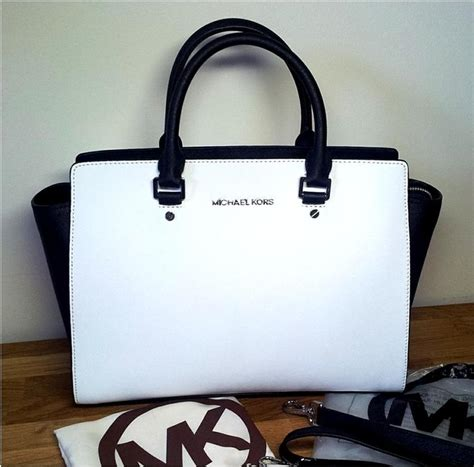 M Hael Kors Selma Mk Selma michael kors black white saffiano leather selma large