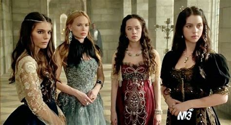 reign tv show hair beads voguish at best reign queens of beaded bodices