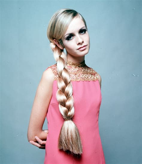 1960s female models with long dark hair somebody stole my thunder a few more pictures of twiggy