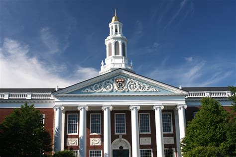 Harvard 2 Mba Deadline by Harvard Tops U S News World Report S Best Business