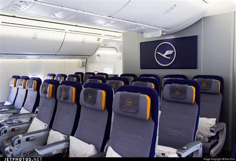 boeing 747 interno d abyq boeing 747 830 lufthansa eren erol jetphotos