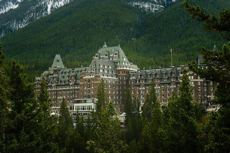 banff inn banff springs hotel hauntings