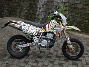 Suzuki Drz 400 Custom Lets See Your Drz Pic S Along Withlist Of Mods Page 28