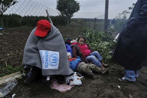 migrant crisis unhcr warns europe unhcr unhcr launches appeal to aid refugees as winter hits europe