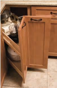 Blind Corner Cabinet Lazy Susan Kitchenmate Corner Cabinet 33 Quot Corner 10 1 8 Quot Min