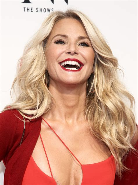 christie brinkley 100 christie brinkley christie brinkley is 63 she