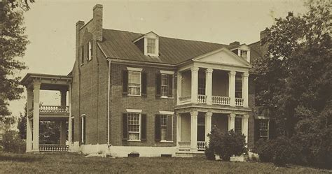 at carnton a novella the governess of carnton a confederate story